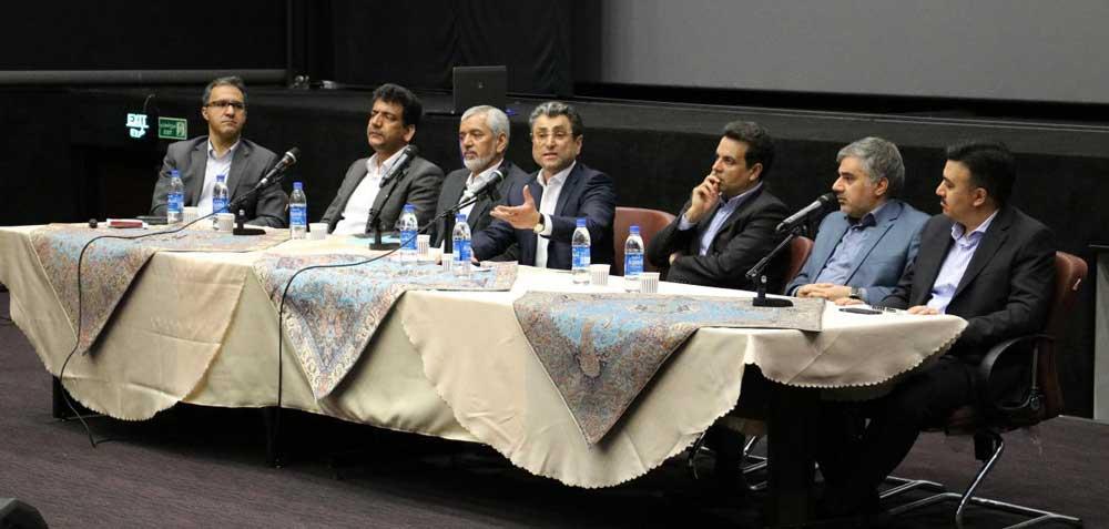 همایش رونمایی از استاندارد راهبری شرکتی برگزار شد