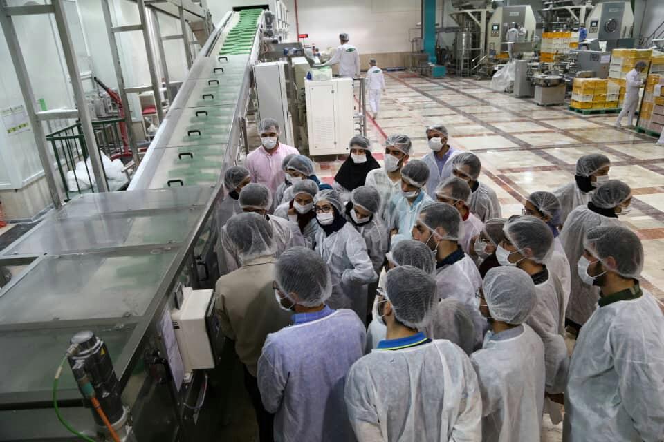 بازدید دانشجویان دانشگاه صنعتی شریف از کارخانه ماسترفوده