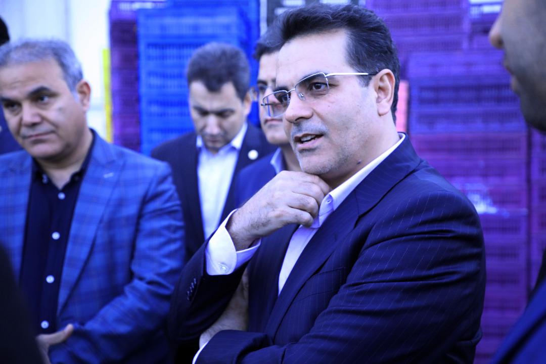 بازدید رئیس هیات مدیره افق کوروش از انبارهای سرد و خشک شرکت در استان تهران